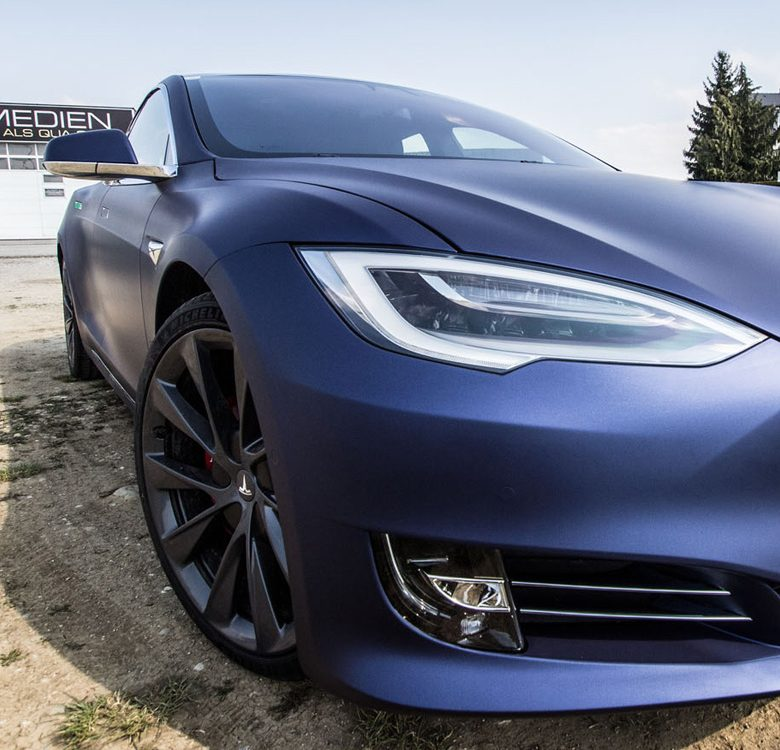 Tesla Vollfolierung